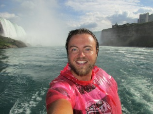 Luke Yates at Niagara Falls